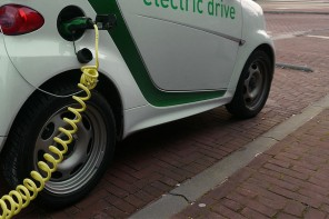 Ontario building nearly 500 electric vehicle charging stations across province