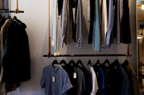 Iran shuts down 800 clothing stores across the country