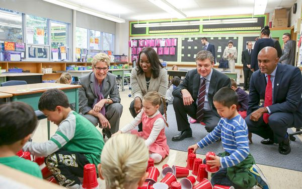 Premier Kathleen Wynne visited students at Courcelette Primary School on Monday October 24 where she announced funding for school improvements in Ontario. (Photo: Flickr – Ontario Liberal Caucus)